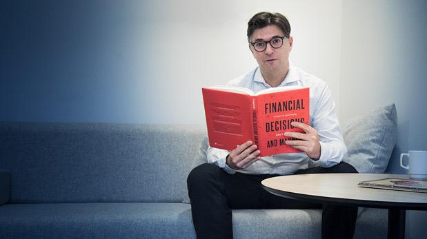 CBS professor Lasse Heje Pedersen recommended reading