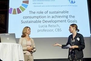 Lucia Reisch presenting at DIEH
