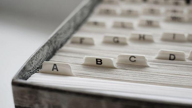 Indekskort til organisering af virksomhedsinformation