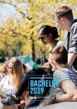 Forside til bachelorbrochure 2019