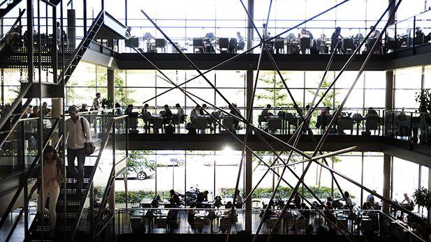 """Kunstværket """"Desargues""""  på CBS Bibliotek"""