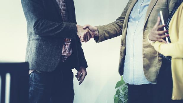CBS Business Handshake