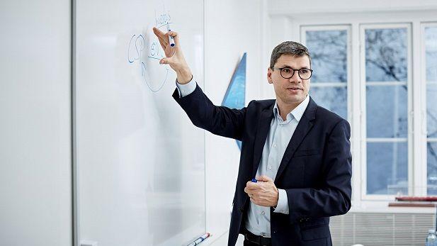 CBS Professor Andreas Rasche