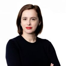 Evis Sinani